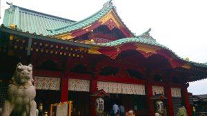 拝殿(左正面)・狛犬(左)