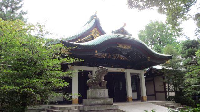 王子神社 拝殿(左正面)