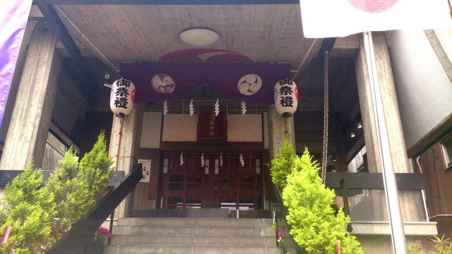烏森神社 社殿