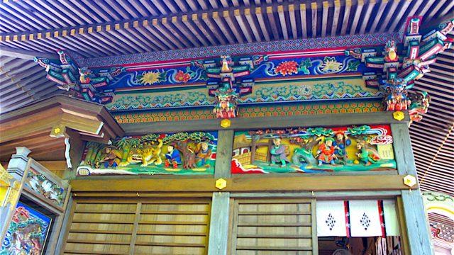 社殿 装飾4